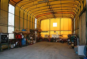 自社整備工場